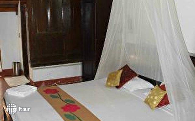 Kayaloram Heritage Lake Resort 9