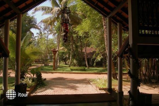 Punnamada Resort 5