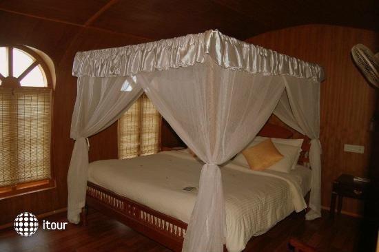 Punnamada Resort 3