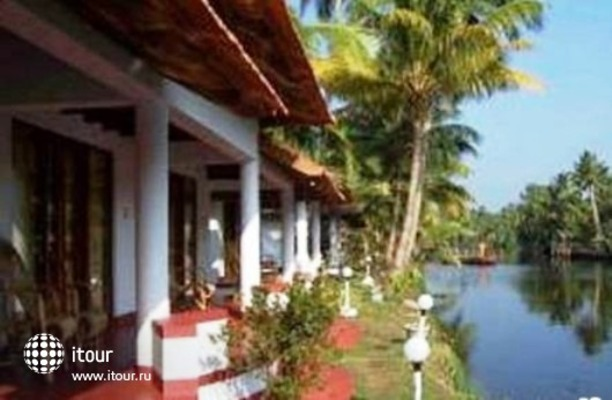 Coir Village Lake Resort 6