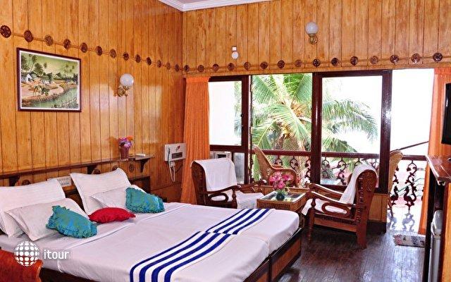 Jeevan Beach Resort  3