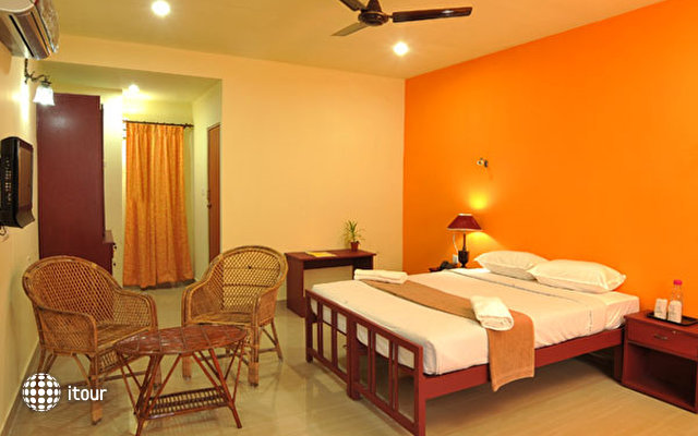 New Kovalam Beach Hotel 2