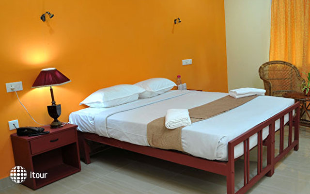 New Kovalam Beach Hotel 6