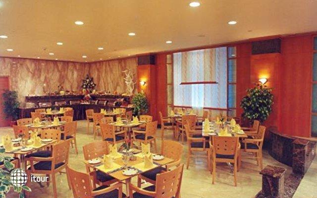 Quality Inn Sabari 4
