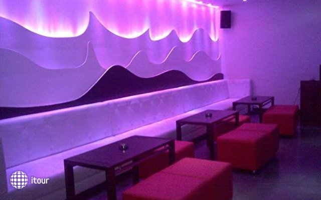 Quality Inn Sabari 6