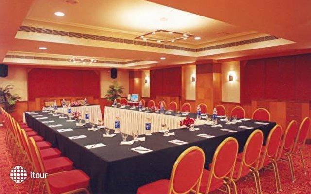 Quality Inn Sabari 9