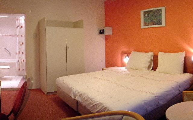 Hotel Aadam Wilhelmina 3
