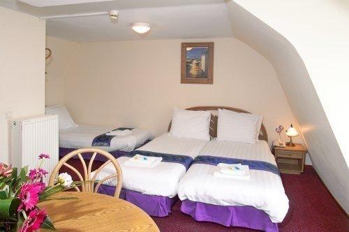 Hotel Linda 5