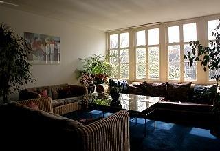 Amsterdam House Hotel 10