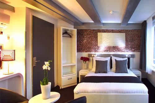 Hotel Cc 6