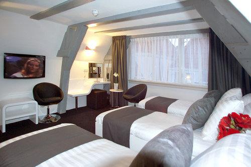 Hotel Cc 7