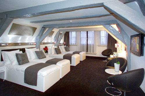 Hotel Cc 8