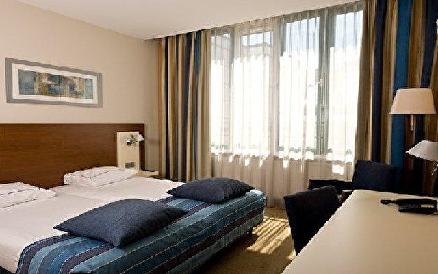 Eden Leidse Square Hotel 9