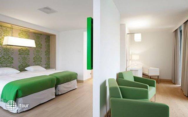 Galaxy Hotel 6