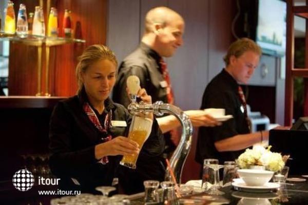 Best Western Amsterdam Airport Hotel 5
