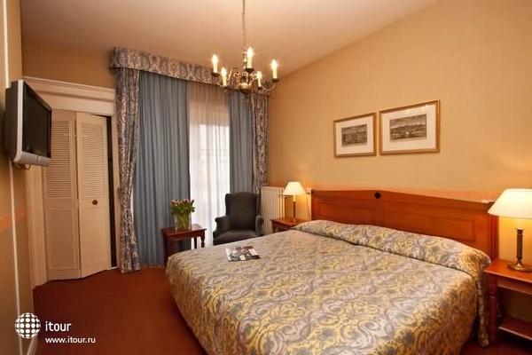 Best Western Delphi Hotel 4