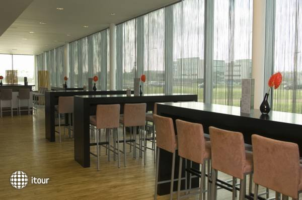 Park Plaza Amsterdam Airport 4