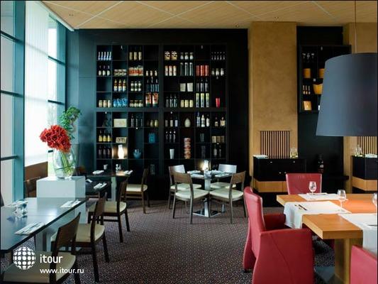 Radisson Blu Hotel Amsterdam Airport (ex. Radisson Sas Hotel Amsterdam Airport) 2