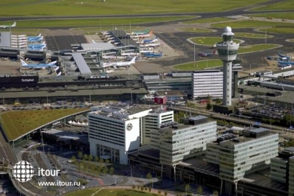 Sheraton Amsterdam Airport 1