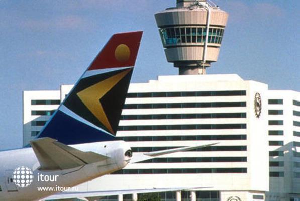 Sheraton Amsterdam Airport 2