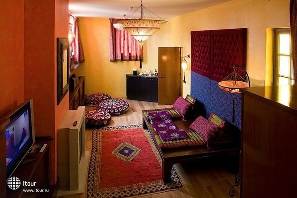 Grand Hotel Amrath 8