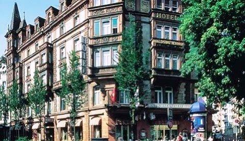 Top Hotel Waldstatterhof 2