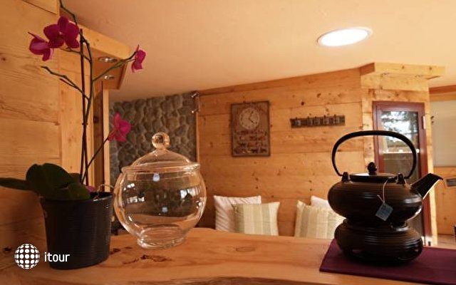 Les Mazots Du Clos Guesthouse & Spa 6