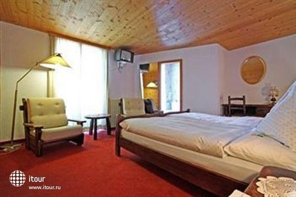 Turm Hotel Swiss Quality Graechen Hotel 10