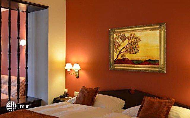 Athmos Hotel 9