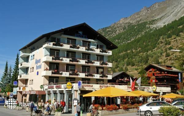 Alpenhotel 1