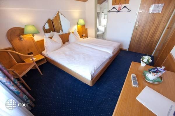 Alpenhotel 6