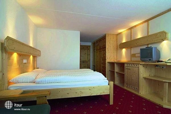 Davos Club Hotel 8