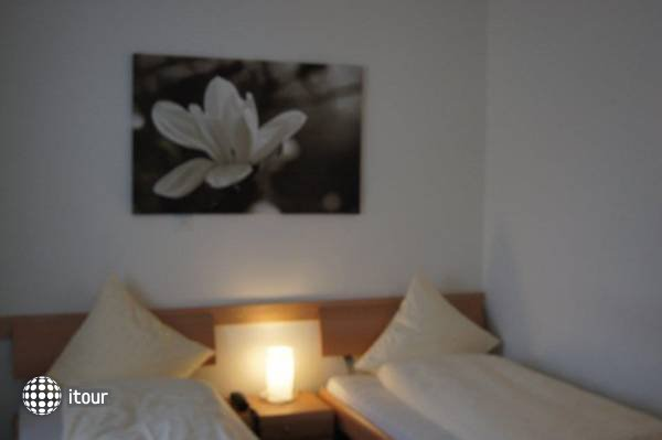 Balegra Hotel 5