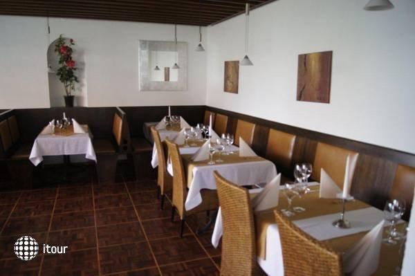 Balegra Hotel 10
