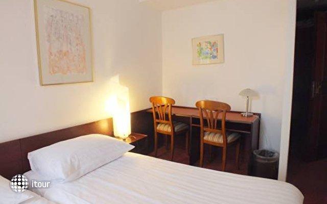 Helvetia Hotel 9
