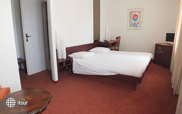 Helvetia Hotel 10