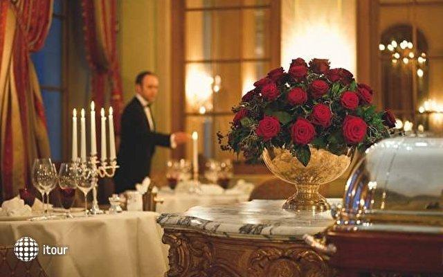 Grand Hotel Les Trois Rois 1