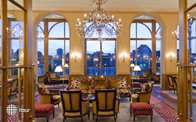 Grand Hotel Les Trois Rois 3