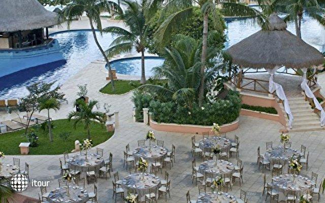 Grand Fiesta Americana Coral Beach 6