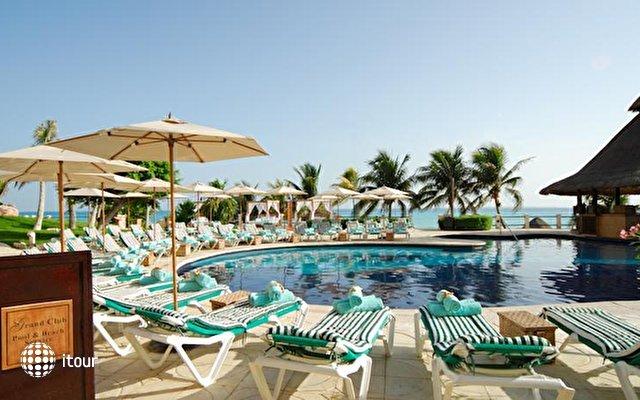 Grand Fiesta Americana Coral Beach 4