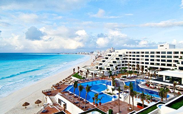 Grand Oasis Playa 1