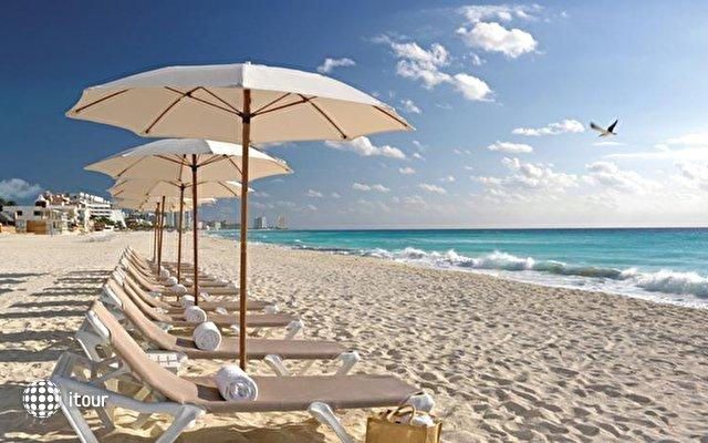 Beach Palace 9