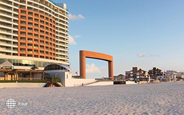 Beach Palace 3
