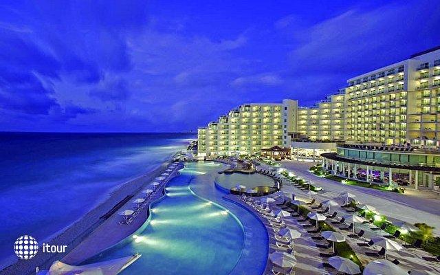 Beach Palace 1