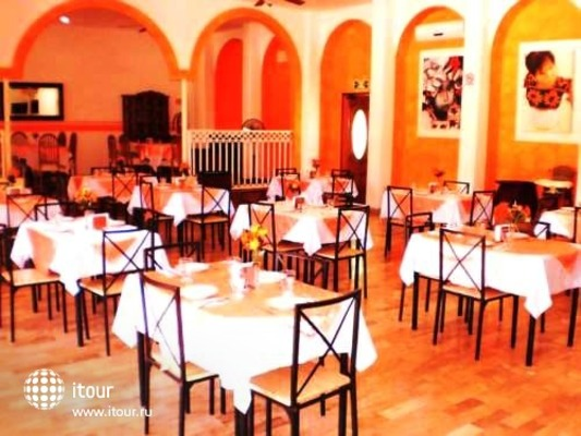 Calypso Hotel Cancun 5