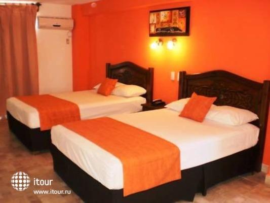 Calypso Hotel Cancun 8