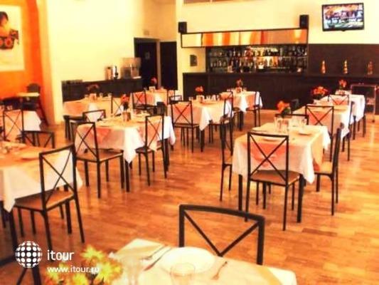 Calypso Hotel Cancun 9