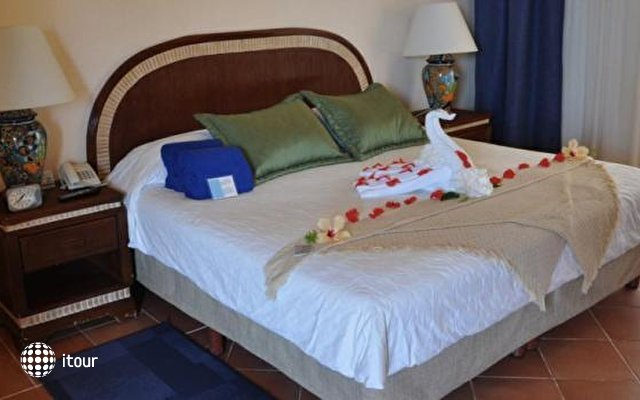 Playa Azul Cozumel Hotel 3