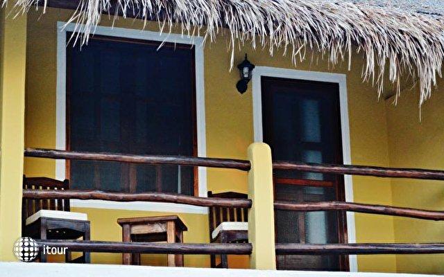 Faro Viejo Hotel 4