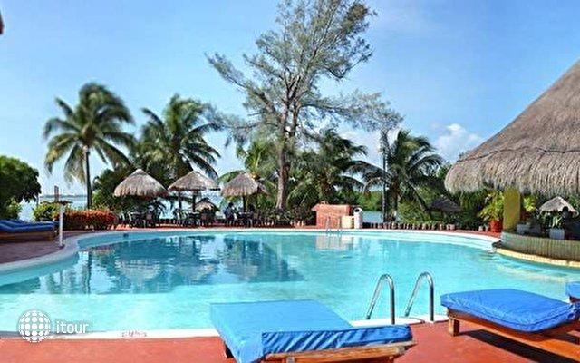 Cancun Clipper Club 5